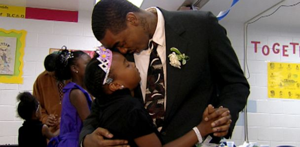 ABC_father_daughter_dance_jef_130626_33x16_608